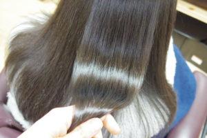 縮毛矯正後の艶